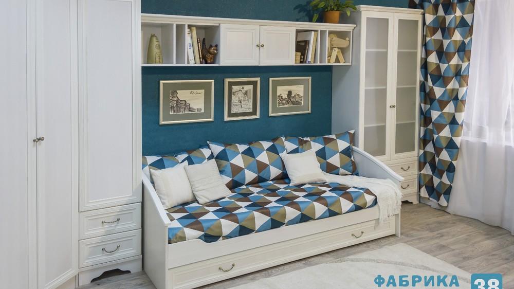 Мебель для детской комнаты в стиле «Классика»